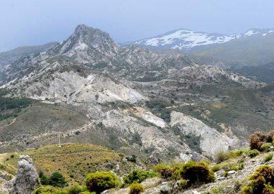 3A – Si las piedras hablaran… De Granada al pico de El Trevenque. Una aventura geológica de 200 millones de años
